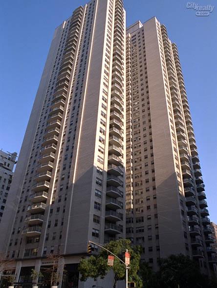 Plaza 400, 400 East 56th Street