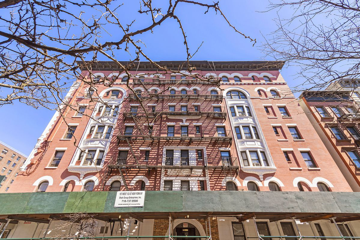 The Monte Cristo, 157 West 123rd Street