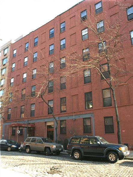 Harbor House, 130 Jane Street