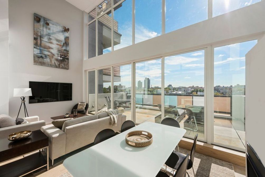 135 Bayard Street interiors