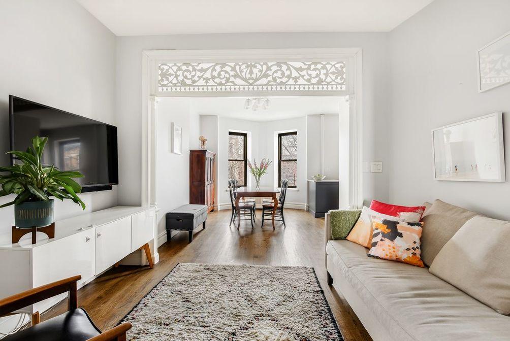 482 12th Street interiors