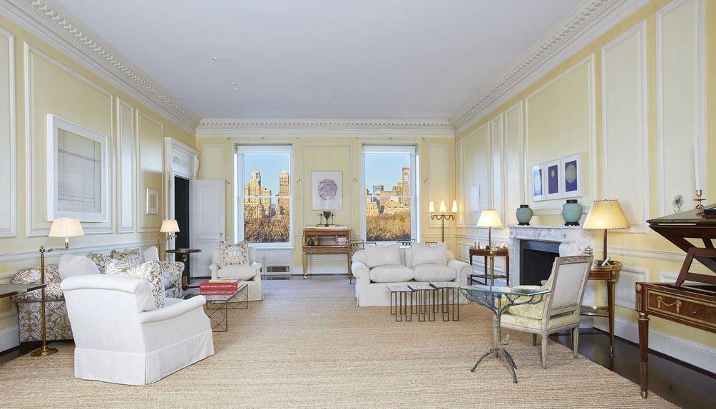 834 fifth avenue living room
