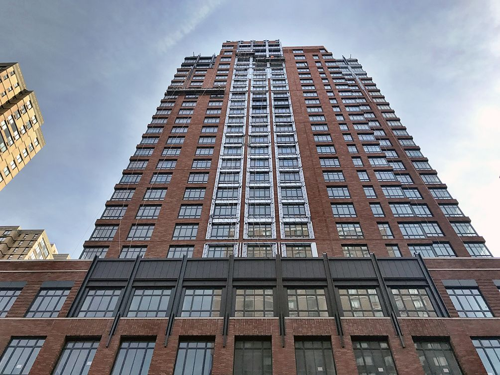 The Kent 200 East 95th Street-002