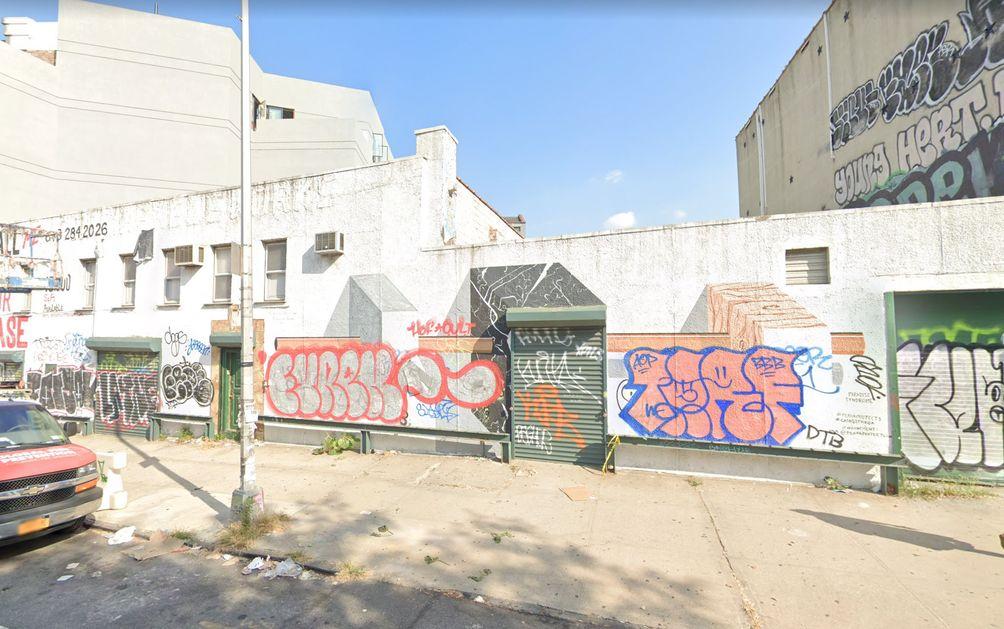 661-Driggs-Avenue-4