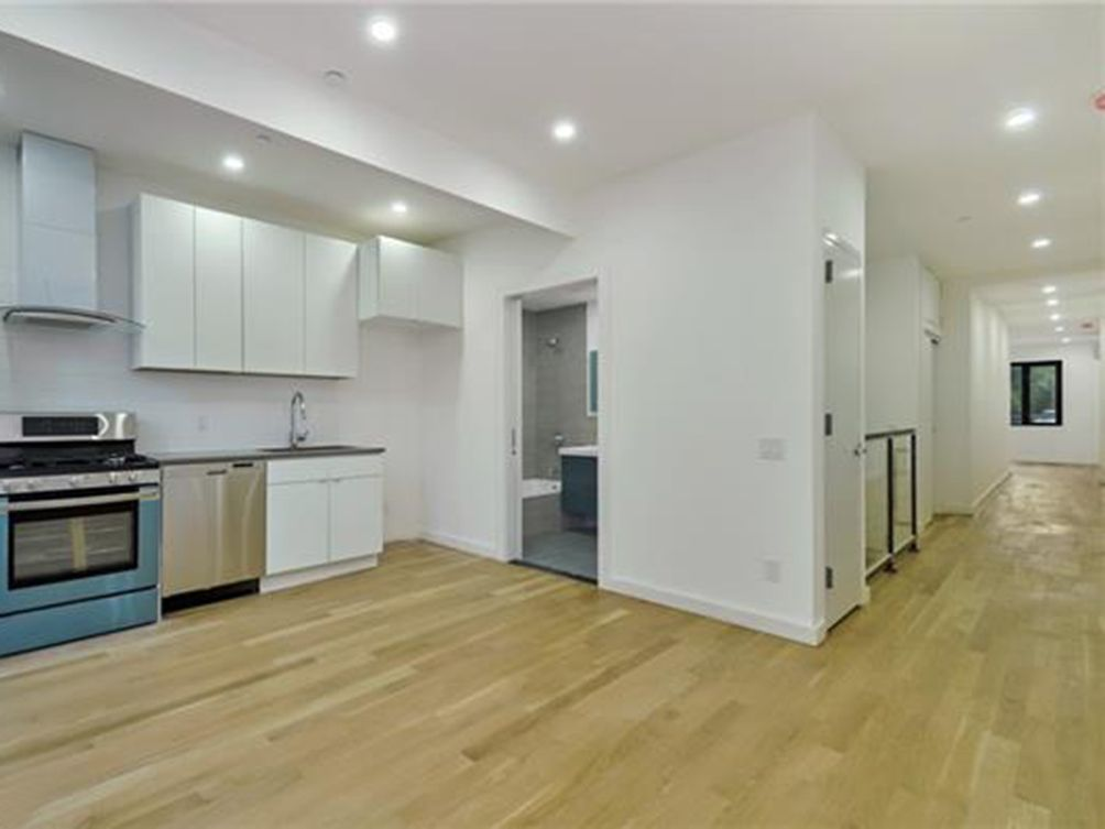 227 34th Street interiors