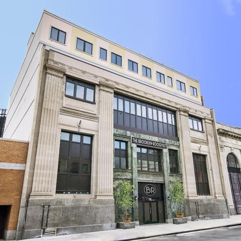 1024 Gates Avenue exterior