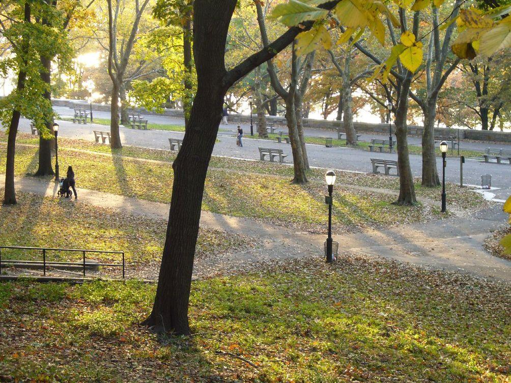 Riverside-Park-01