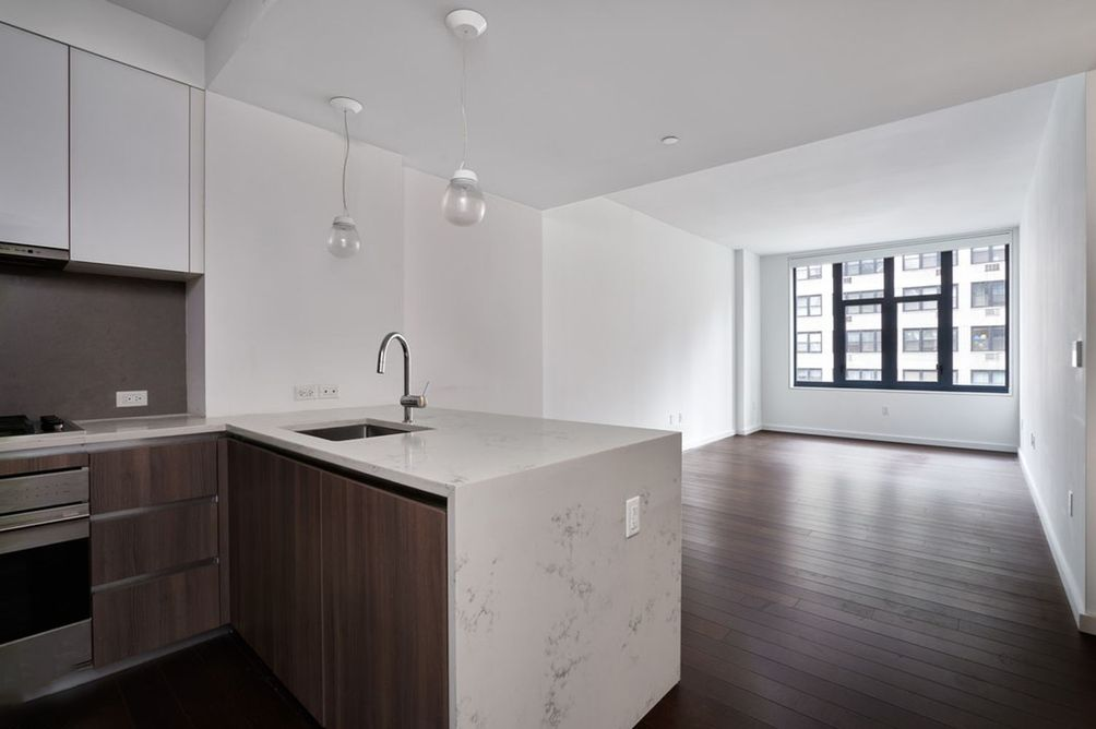 The Lindley-591 Third Avenue-Murray Hill condo