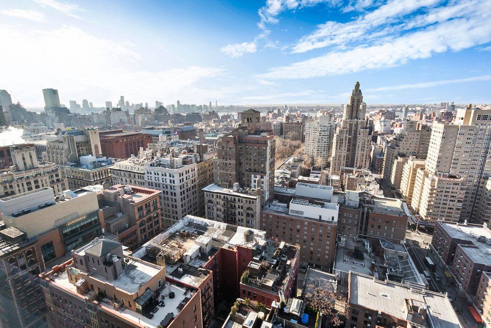 400 East 56th Street views
