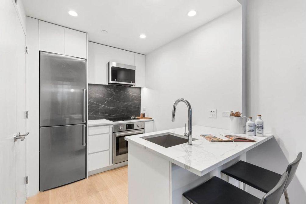 650-Metropolitan-Avenue-3