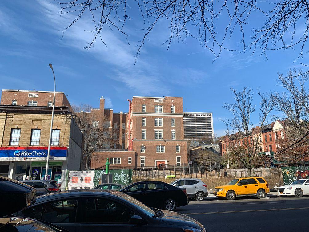 2535-Frederick-Douglass-Boulevard-01