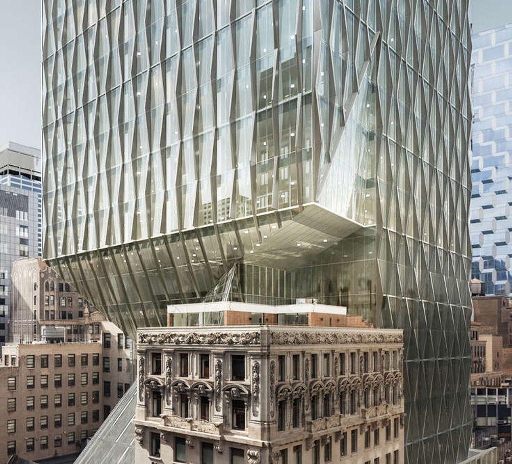 572-Fifth-Avenue-01