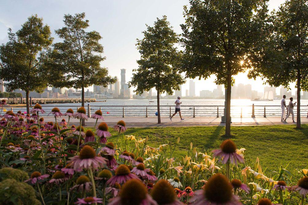 Hudson-River-Park-01