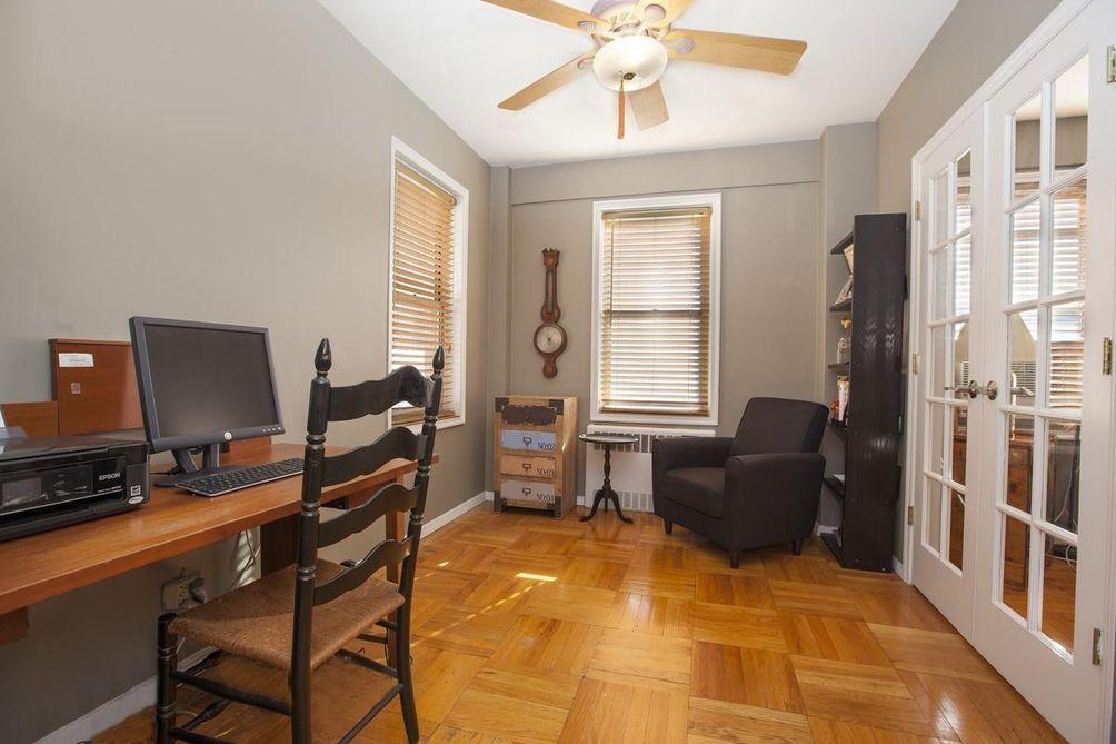 110-45 Queens Boulevard interiors
