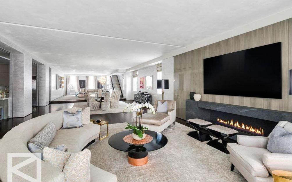 85 mercer street living room