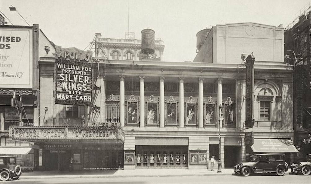 Times-Square-Theater-03