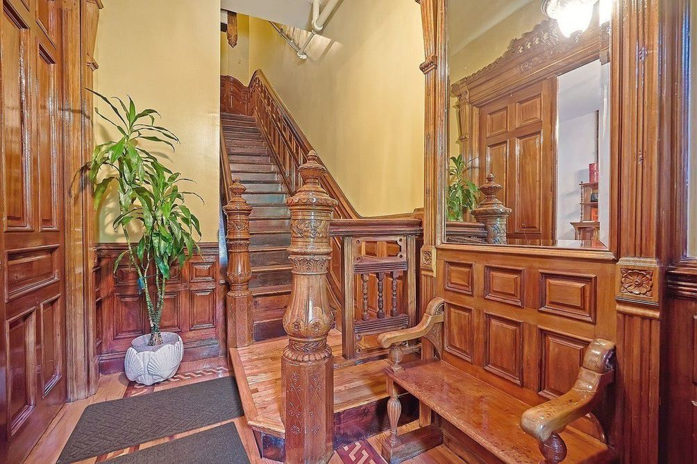 Rare 5 Floor Harlem Brownstone With Intact Details Lists