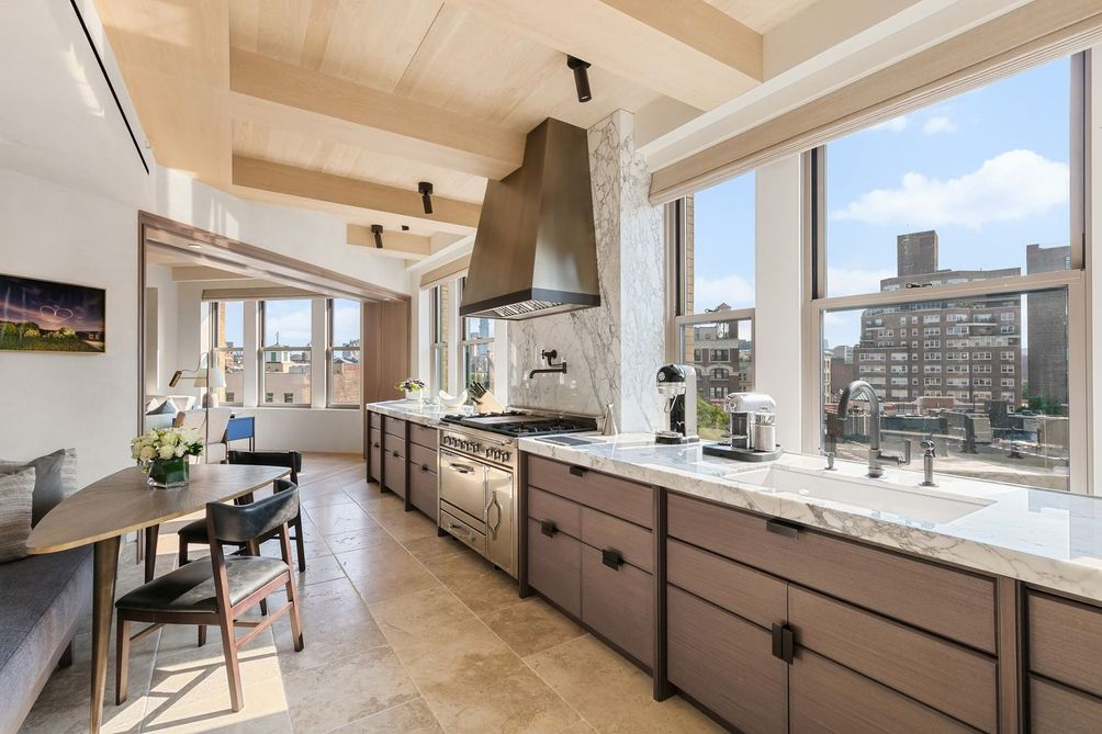 Great kitchens in NYC Waverly Building