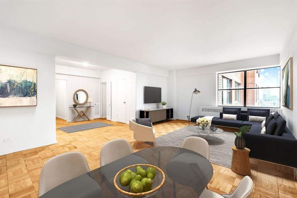 25 Sutton Place South, #20I