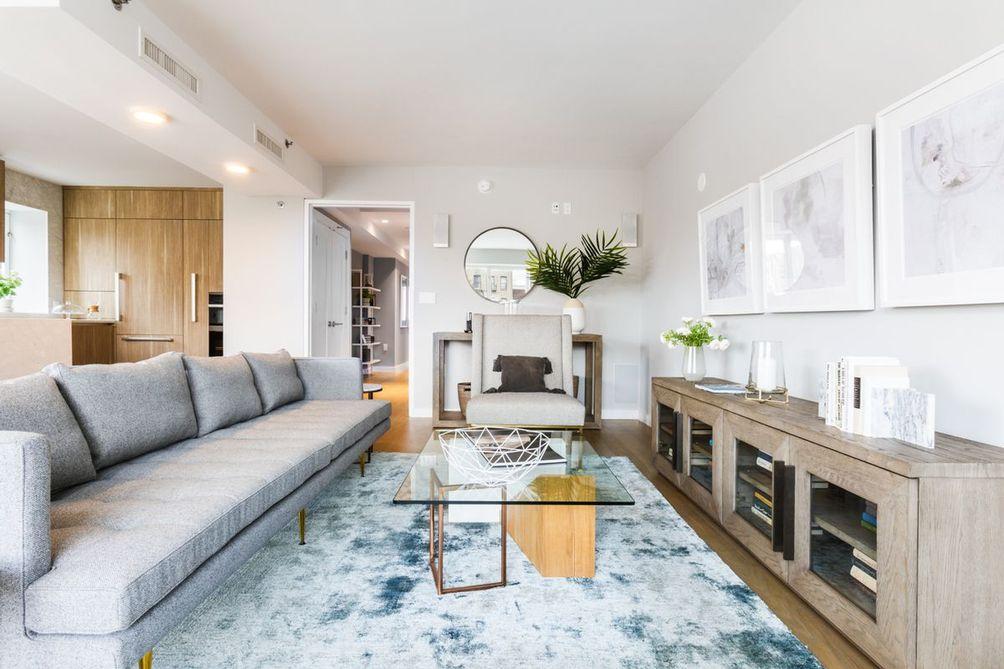 265 East houston living room
