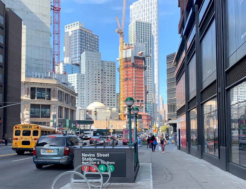 9 DeKalb Avenue