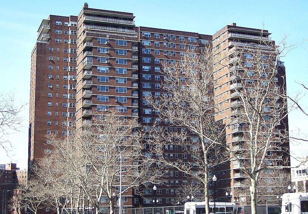 321-Eighth-Avenue-1
