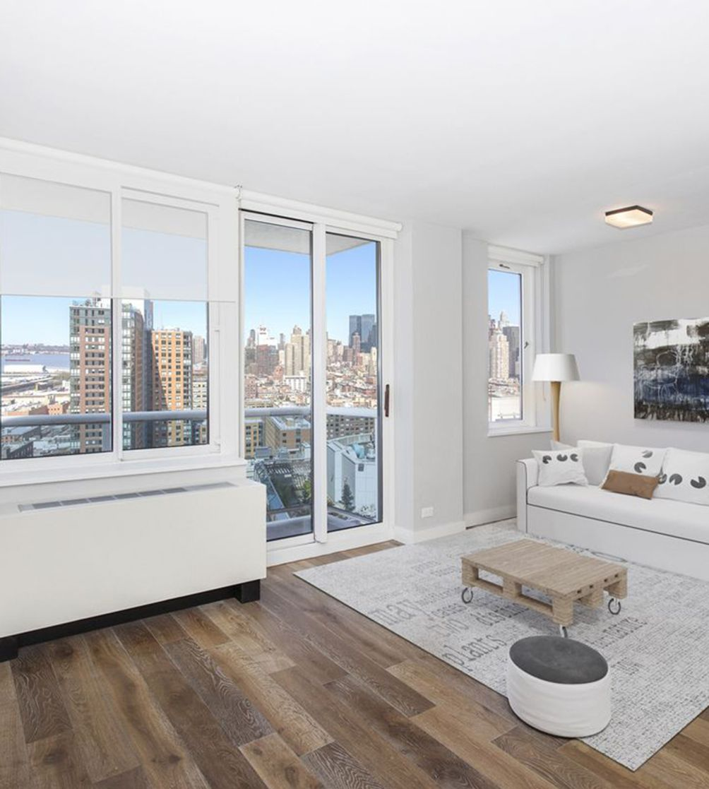 560 West 43rd Street interiors