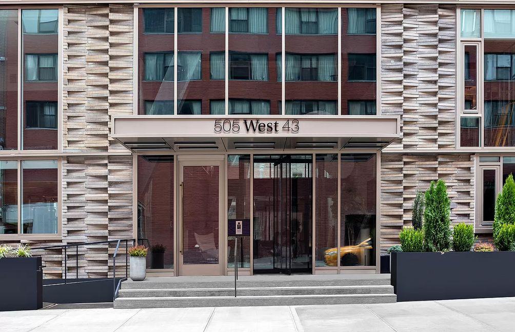 505 West 43rd Street - Hell's Kitchen condos
