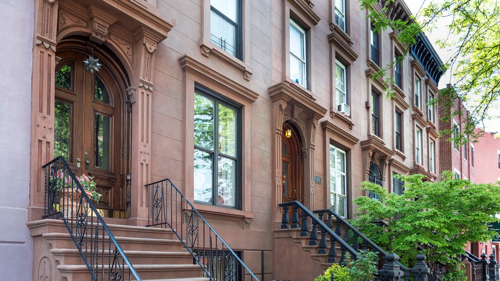 Everything you need to know about townhouse living in nyc for Townhouse for rent nyc