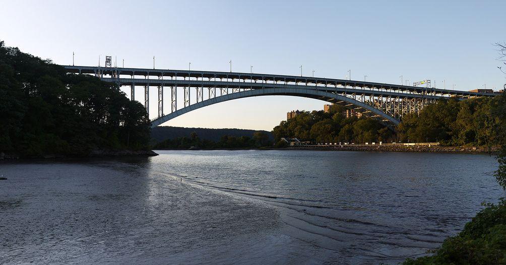 Henry-Hudson-Bridge-01