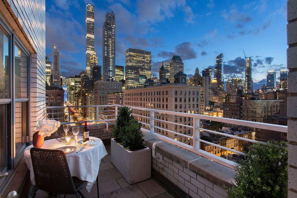 605 Park Avenue balcony and views