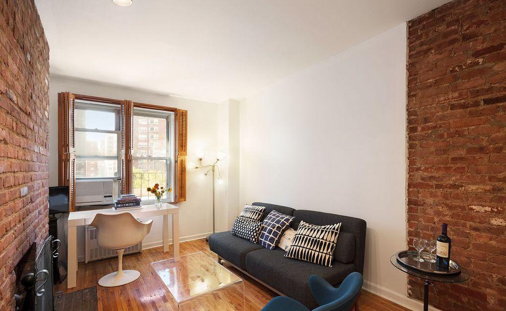 210 East 21st Street interiors