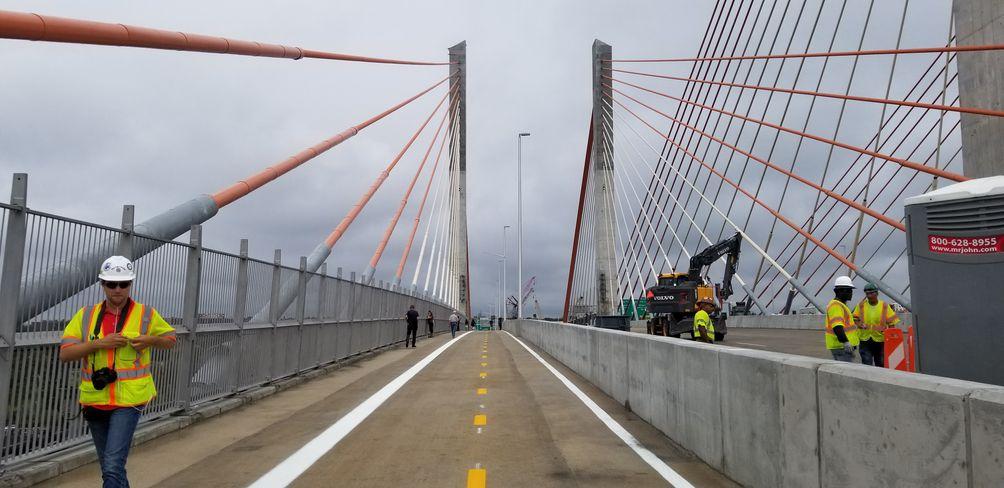 Kosciuszko Bridge, Vitali Ogorodnikov