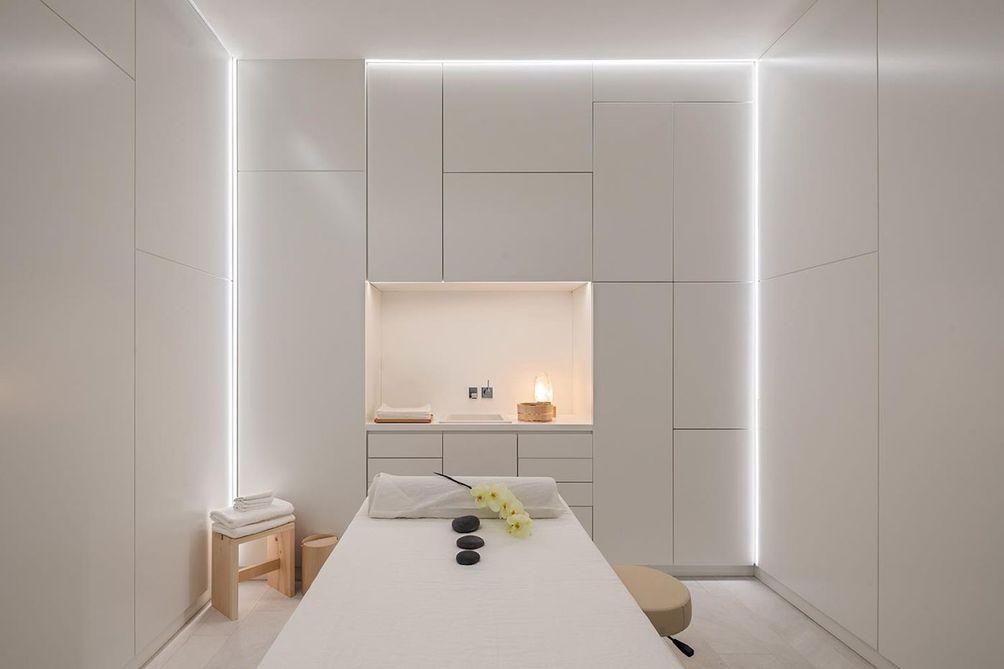 53 West 53rd Street spa treatment room
