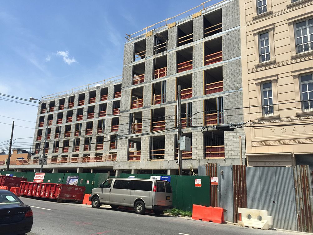 micro living apartments in long island city top off construction