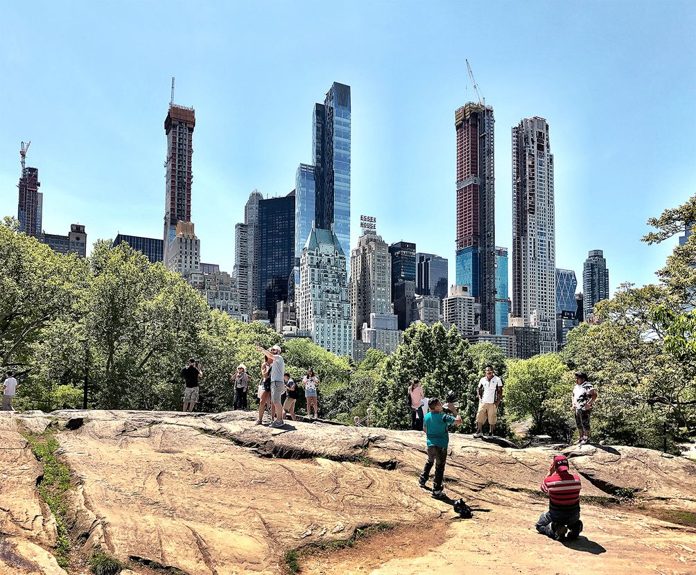Central Park Tower-04