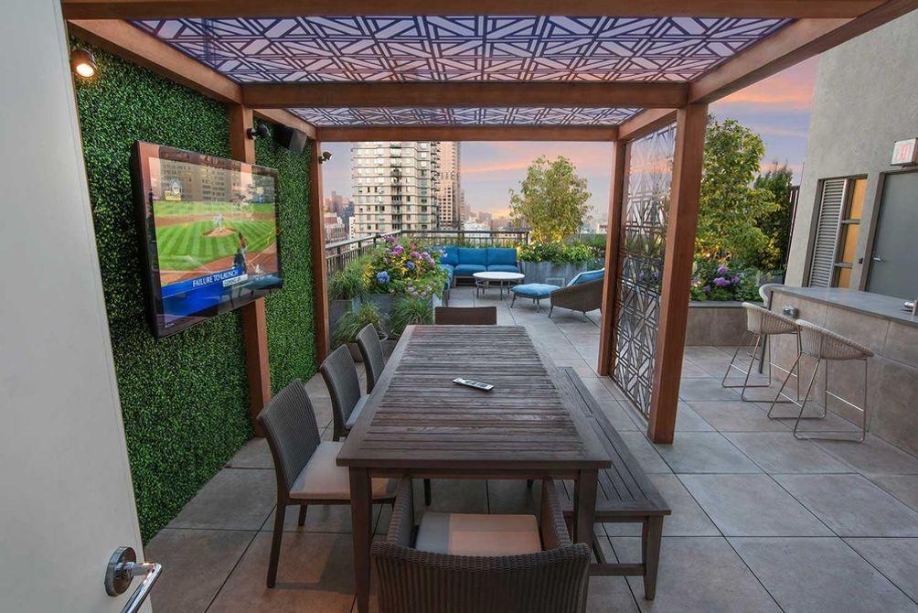 penthouse garden-03