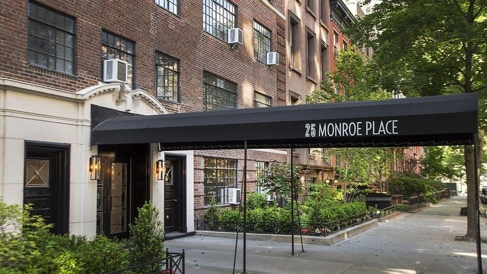 25-monroe-place