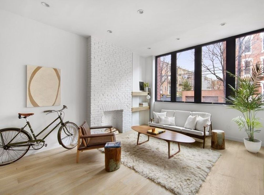 136 North 8th Street interiors
