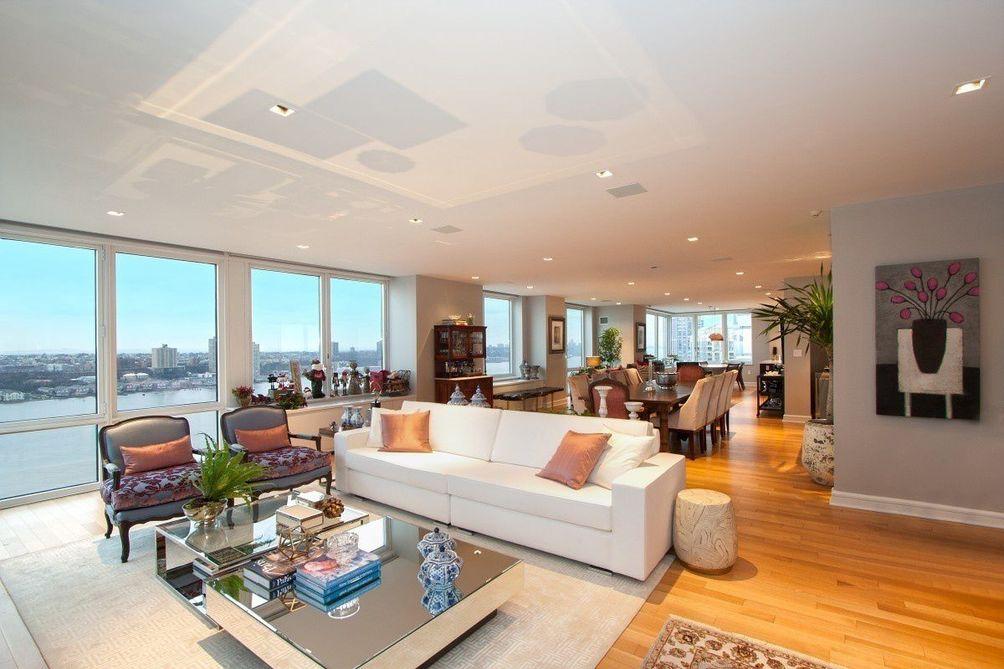 80 Riverside Boulevard interiors