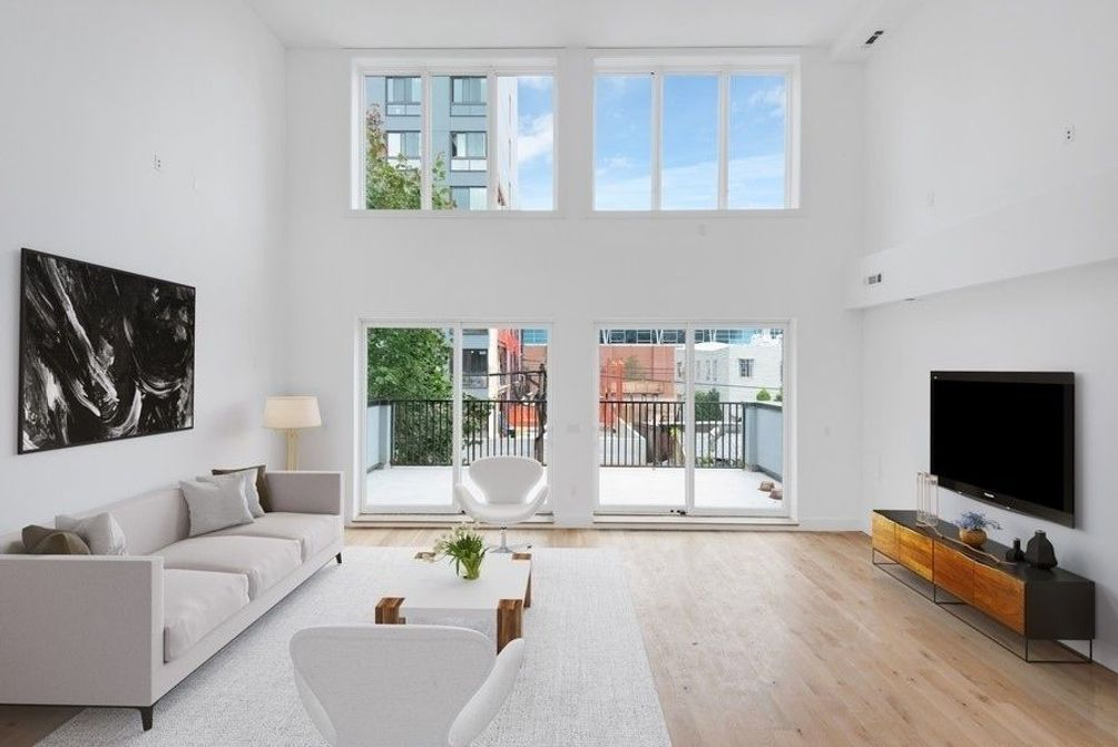 39-32 28th Street, Long Island City, VHT, Modern Spaces