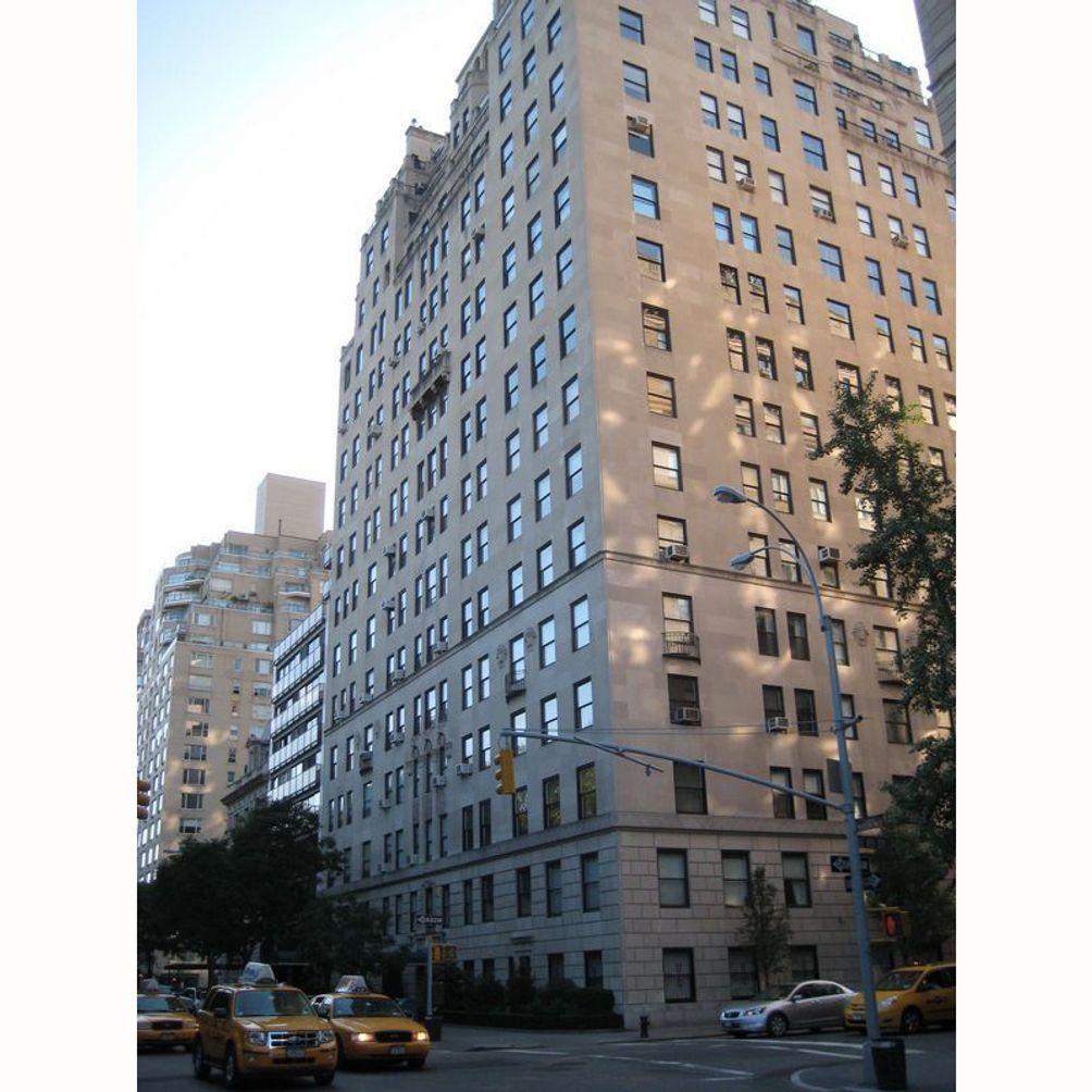 1040-Fifth-Avenue-01