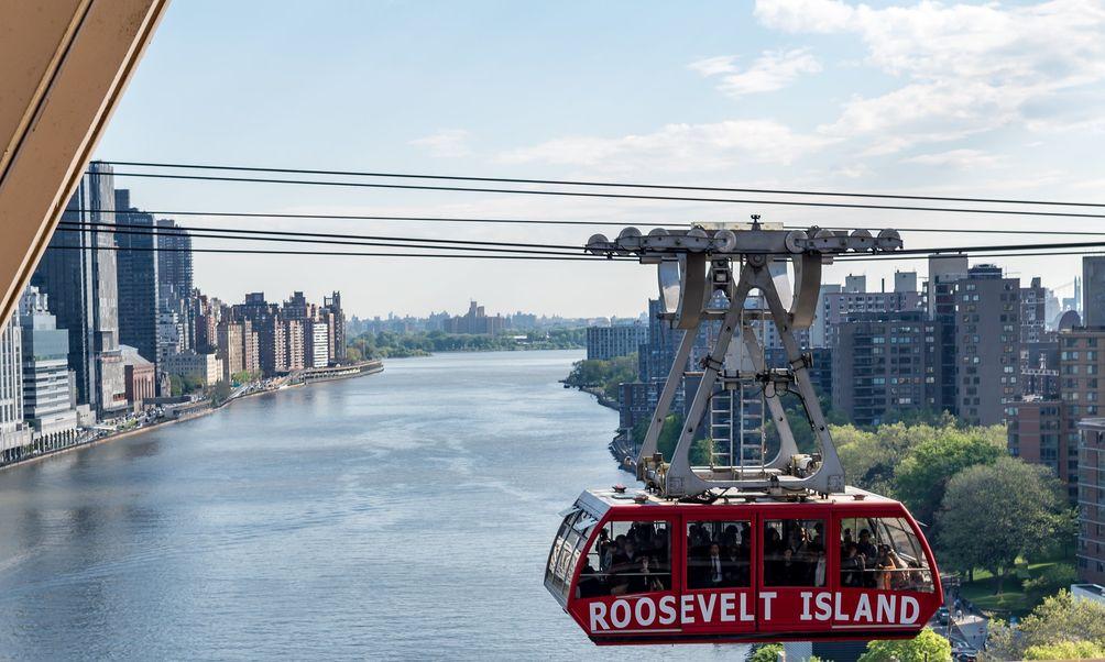The Roosevelt Island Tram, Edgar Omar