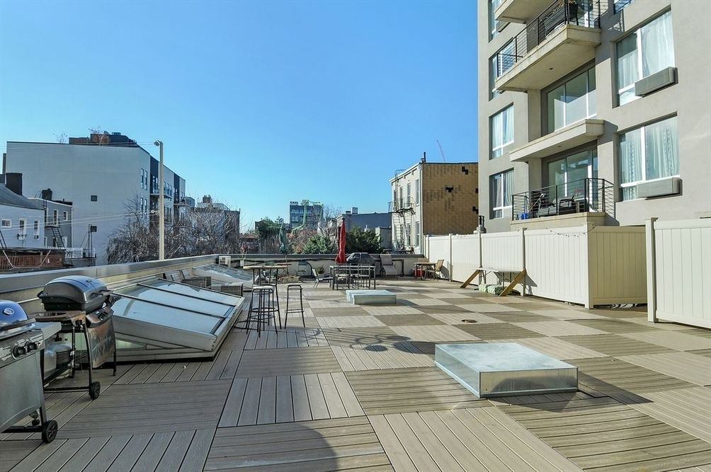 The roof deck at 184 Eagle Street in Greenpoint