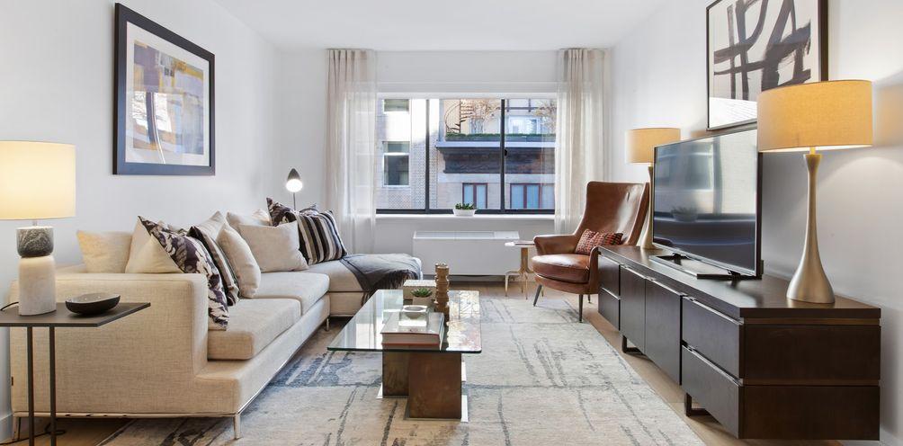 160 West 24th Street interiors