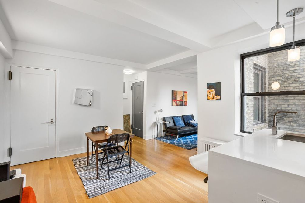 The Continental -nyc real estate-manhattan condos deals apartments Irvin House