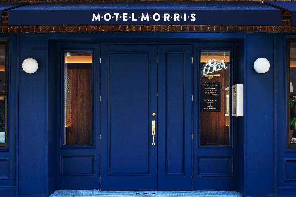 Motel-Morris-01