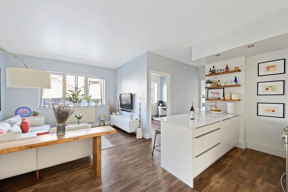 East Williamsburg apartments The Continental -nyc real estate-manhattan condos deals apartments