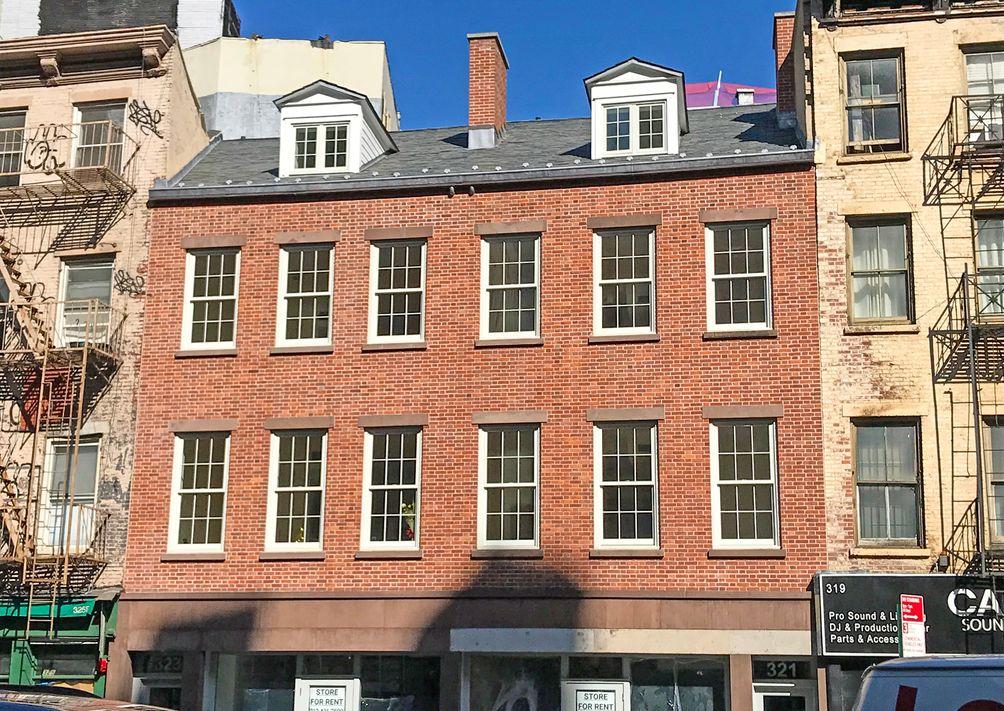 323 Canal Street Facade