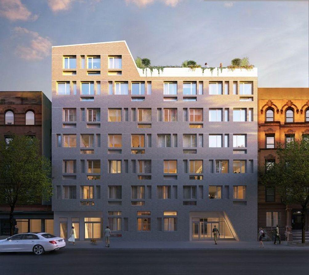 306 West 142nd Street exterior